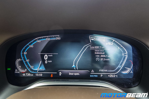 2019-BMW-730Ld-21
