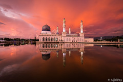 Masjid Bandaraya, Kota Kinabalu ~ EXPLORED #2 (31-Oct-2019) (ujjal dey) Tags: ujjal ujjaldey travel traveler malaysia kotakinabalu sabah borneo island mosque masjid islam muslim madrasa religious architecture blue fire cloudy sky reflection evening dusk calm water southeastaisa floatingmosque
