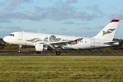M-YULI   A319-ACJ   EGGW (Ashley Stevens images) Tags: luton airport eggw ltn canon eos aircraft aeroplane aviation civil airplane myuli