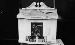 Mail Box (neilsonabeel) Tags: nikonfm2 nikon nikkor blackandwhite film analogue newyorkcity mailbox