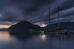 Waiting for night (Sizun Eye) Tags: perast kotor kotorbay montenegro night le longexposure poselongue sizuneye bay fjord boat twilight sonyfe1635mmf28gm sony7rm2 sony