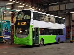 All Colours Leeds City 39226 (munden.chris) Tags: leedscity first leeds bp11jwg 39226 hybrid hunsletpark volvo wright