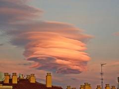 Nubes del atardecer (Antonio Chacon) Tags: marbella málaga cielo nubes nature naturaleza spain sunset españa andalucia