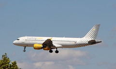 EC-KCU Airbus A320-216 Vueling Airlines (lee_klass) Tags: eckcu airbusa320 airbus airbusa320216 a320 vlg vuelingairlines vy aviation aviationphotography aviationspotter aviationenthusiast aviationawards aeroplane airliner aircraftphotography aircraft aircraftspotting jetaircraft jetairliner jet jetliner canonaviation canon canoneos1200d canonefs18135mmf3556isstm malagacostadelsolairport agp malagaairport lemg malaga andalucia spain twinenginedjet plane planespotting transport airtransport airtravel travel vehicle