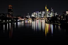 Frankfurt Skyline bei Nacht (Farbenspiel auf dem Main) (Tango Tango) Tags: frankfurt deutschland germany nacht nachtaufnahme night main spiegelung wasserspiegelung reflection skyline hochhäuser stadt city farbenfroh farben farbenspiel xf1855mm fujifilm fuji deutschherrnbrücke