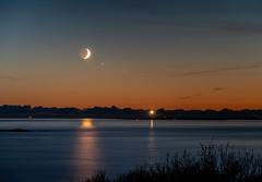 "IMGP7858-Edit (jarle.kvam) Tags: pentaxk1m2 norway tromøy arendal raetnarionalpark moon crescent måne fyr hav skagerak storetorungen nightshot nattfoto sunset solnedgang ""pentaxflickraward"""