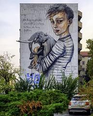 - As long you are standing give a hand to those who have fallen - (PAPFOO) Tags: street streetart graffiti mural berlin streetartberlin herakut
