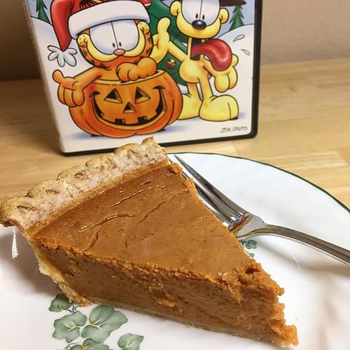 Garfield S Halloween Adventure image