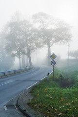 Country road in the morning fog (Bielefeld-Kirchdornberg, Germany) (Jens Flachmann) Tags: autumn countryroad fog kirchdornberg road landscape e sony carlzeiss general batis240 batis240cf