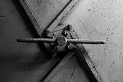 lock on (Rudy Pilarski) Tags: nikon nb noiretblanc bw blackandwhite blancoynegro serrure porte monochrome france francia europe europa urbain urban urbano urbex montrouge texture textura ambiance forme form