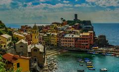 The colours of Vernazza ... (WieGehtsdir) Tags: cinqueterre italy panorama trek vernazza vernazzatomonterossoalmarehike walk