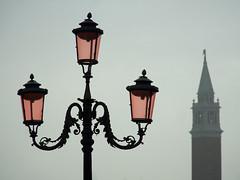 Venedig (ingrid eulenfan) Tags: venedig venezia venice italien italy italia marcusplatz piazzasanmarco laterne strassenlaterne adrialagune