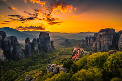 Meteora at sunset (Vagelis Pikoulas) Tags: sun sunset kalabaka kalampaka meteora central greece europe travel holidays rocks rock sky canon 6d tokina view landscape nature 2019 autumn octo 1628