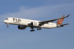 FIJI  AIRWAYS / Airbus   A 350-900   F-WZFR   msn 299 / LFBO - TLS / oct 2019 (gimbellet) Tags: canon nikon spotting spotter boeing blagnac lfbo planes transport toulouse transportation tls toulouseblagnac airbus aviation airplanes a380 a340 aircraft a330 avions aeroport a320 airport a350 atr aeronautique airplane aeroplane a350900
