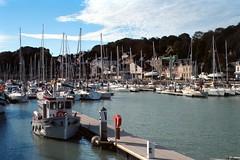 Le port de St-Valery-en-Caux (Philippe_28) Tags: saintvaleryencaux caux 76 seinemaritime france europe normandie normandy argentique analogue camera photographie film 135