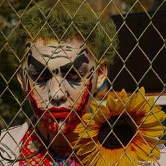 Paris Zombie Walk 2019 (12) (Edgard.V) Tags: paris zombie walk 2019 portrait retrato ritratto portraiture halloween peur medo monstre monster monstro maquillage make up maquillagem trucco horreur horror orrore
