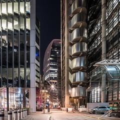 Roger, Over (TVZ Photography) Tags: square 1x1 hdr highdynamicrange lloyds willistowerswatson leadenhall walkietalkie cityoflondon centrallondon england street architecture buildings tower skyscraper sunset city night evening lowlight longexposure sonya7riii zeiss loxia 21mm