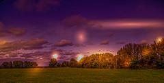 Paysage du Cher. (Crilion43) Tags: réflex région objectif ciel nature centre nuages paysages arbres véreaux feuillesfeuillage cher coucherdesoleil arbre vert herbe tamron france 1200d arbustes villes matérielphoto divers