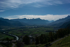 La Vallée du Rhône (Lise Tiolu) Tags: plainedurhône rhône plaine vallée valléedurhône nikon suisse paysage valais 1v3