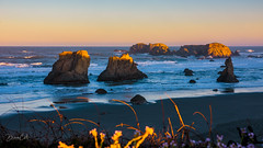 Light-up the Rocks (Selectivebits) Tags: oregon beach water rock sunrise wave sand intoheartx14