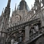 13a Центральная башня Миланского Дуомо Высота - 106 м