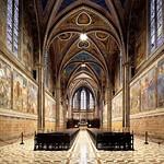 35 Базилика св.Франциска в Ассизи. Интерьер Верхней церкви