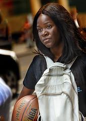 Portrait (D80_546205) (Itzick) Tags: manhattansep2019 nyc candid color colorportrait basketball streetphotography face facialexpression portrait d800 itzick brunette