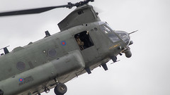 Chinook (Bernie Condon) Tags: boeing ch47 chinook helicopter heavy airlift transport cargo assault raf military royalairforce jointhelicopterforce jhf support riat airtattoo tattoo ffd fairford raffairford airfield aircraft plane flying aviation display airshow uk