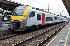 2019-08-28 SNCB 08582 Kortrijk (John Carter 1962) Tags: trains rail railways belgium belgianrailways