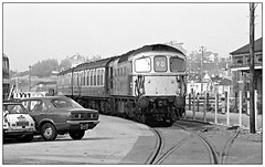 Road runner to Channel hopper (david.hayes77) Tags: weymouth dorset boattrain 90 33104 class33 brcw 1977 monochrome blackandwhite bw ilford fp4 acutol sr southernregion seaside coast headcode autumn