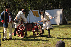 preparing the cannon (scott1346) Tags: maxwellhall cannon infantry revolutionary colonial circa1680 autofocus canont3i charge 1001nightsthenew 1001nightsmagiccity contactgroups reenactment