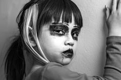 Halloween with Kids :-) (frank.gronau) Tags: weis schwarz horror mädchen girl kid halloween white black alpha sony gronau frank