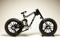 LEGO Technic - Giant Reign (dirtzonemaster) Tags: lego technic giant reign glory trance stance cycle bicycle specialized trek scoot canyon yt maestro suspension fox rockshox marzocchi lugpol bike freeride enduro downhill dh xc