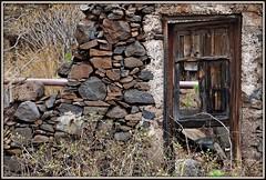 Door to nowhere (Rolf Dietrich Brecher) Tags: lagomera canaryislands canarischeinseln canarias
