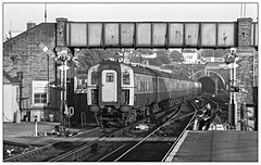 Off to The Smoke (david.hayes77) Tags: southampton hants hampshire 1977 monochrome blackandwhite bw mono southernregion semaphores signals 4tc 4rep 92 autumn fp4 ilford acutol 427 southamptoncentral