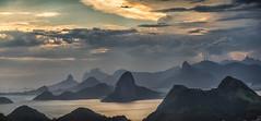 Vista da baia de Guanabara (mcvmjr1971) Tags: vermelho parque da cidade niterói rio de janeiro outubro 2019 mmoraes nikon d800e lens sigma art baia guanabara nuvens clouds sky sunset por sol do litoral brasil
