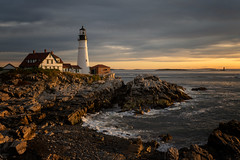 Dawn's early light at the Portland Head Lighthouse (wrpryde) Tags: nikon nature natur nikond850 lighthouse portland head maine sunrise landscape