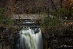 20191101-DSC_7168ext.jpg (GrandView Virtual, LLC - Bill Pohlmann) Tags: fallcolors minnehahafallsregionalpark waterfall minneapolismn minnesota stonebridge