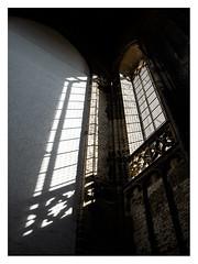 Sint-Lievensmonstertoren , Zierikzee (leo.roos) Tags: contrast toren manu schaduw raam churc omhoog a7r2 solaag lichtsch darosa leoroos a7rii laowa154 venusopticslaowa15mmf4widemacro tower sintlievensmonstertoren shadow window zeeland zierikzee schouwenduiveland 1454