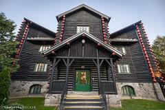 The World's Oldest Log Cabin (Samantha Decker) Tags: qc fairmontlechâteaumontebello québec outaouais hotel canoneos5dmarkiv fairmont canonef1635mmf28liiusm samanthadecker canada montebello quebec