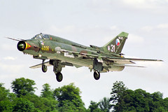 Sukhoi Su-22M4 (Vortex Aviation Photography) Tags: outdoor aircraft aviation uk airshow iat fairford riat1995 czech republic air force fighter jet sukhoi su22m4 4006 plane airfield military