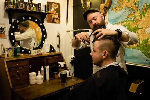 """Hrólfur og Kristó á fyrst klippikvöldinu • <a style=""""font-size:0.8em;"""" href=""""http://www.flickr.com/photos/22350928@N02/48998390237/"""" target=""""_blank"""">View on Flickr</a>"""