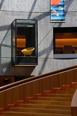 Bibliothèque Oscar Niemeyer (urb_mtl) Tags: europe france ville city urbain urban lehavre architecture architecte oscar niemeyer architect volcan volcano bibliothèque library intérieur interior escalier stairs fauteuil chair