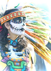 10.27.18 DDLM 6 (Marcie Gonzalez) Tags: 2018 hollywood forever cemetery cemeteries death life celebration event events southern california calif ca los angeles county socal so cal north america us usa united states hispanic mexican mexico tree dia de muertos all souls day dead halloween ghost ghosts graves día skull skulls skeleton painting costume custom art night painted