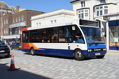 SSE 47120 @ Cornfield Road, Eastbourne (ianjpoole) Tags: stagecoach south east optare solo m880 gx54dxv 47120 working route 4 front beachy head meads st clements court upperton