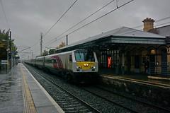 Enterprise 9003, Station Malahide (Polaroyd7) Tags: trein train zug bahn ireland ierland irlande irland iernrod eireann irish rail northern railways