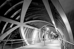 nocturno Perrault (martineugenio) Tags: bw monochrome black white brigde estructure nigth downtown soledad larga exposicion lines metal curves