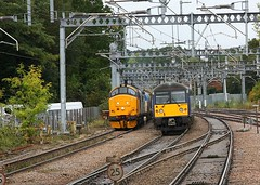 Diesel and Electric at Shenfield (Chris Baines) Tags: rhtt 37402 up loop shenfield greater anglia 360 emu service london liverpool st