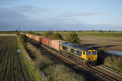 66714 Gosberton (Gridboy56) Tags: gm gbrf wagons europe england emd railways railroad railfreight trains train uk locomotive locomotives 4z81 masborough felixstowe liner intermodal containers freight 66714 cromerlifeboat gosberton lincolnshire