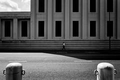 a man in a shadow (S. Ken) Tags: 2470mm fe2470mmf28gm sel2470gm a7riv a7r4 7rm4 sony e ソニー gmaster alpha α 索尼 emount vietnam hochiminhcity hcmc saigon ベトナム サイゴン ホーチミン 胡志明市 越南 light shadow building